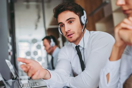 6 Characteristics Your Contact Center Should Have in 2018